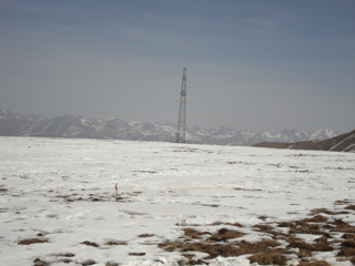 WATER: Dataset of ground truth measurements for snow synchronizing with EO-1 Hyperion and Landsat TM in the Binggou watershed foci experimental area on Mar. 17, 2008