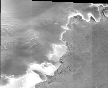 Sentinel-1 EW SAR data for Antarctic and Arctic ice sheets (2015-2016)